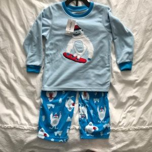 Carters 4T Pj set